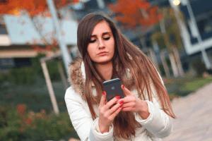 Descobrindo traição pelo celular Detetives