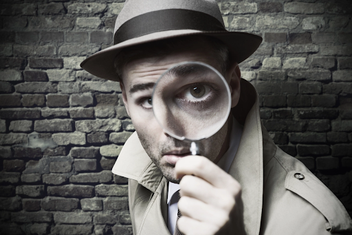 Qual é a diferença entre investigação policial e particular?